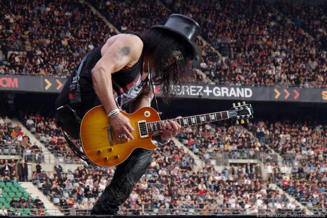 """Фото:""""Один из лучших гитаристов планеты любит Ray-Ban"""""""